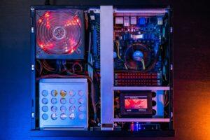 GLI SSD  DIMOSTRANO CHE L'ARCHIVIAZIONE NEL CLOUD È STORIA